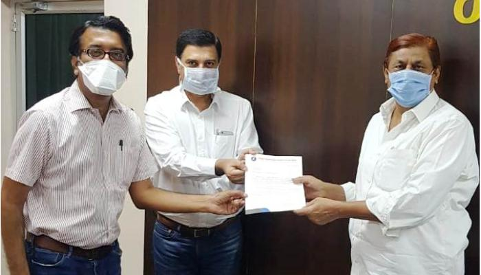 Chief Minister's Relief Fund, Forest Minister Kabar, Raipur Automobile Dealers Association, Rs 10 lakh check,