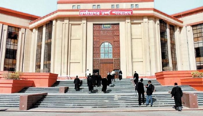 Corona infection, Bilaspur High Court, Judges gave one day's salary,