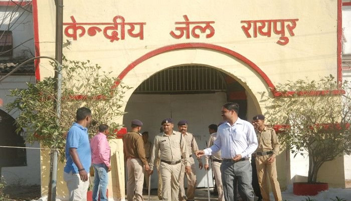 Corona, From jails of chhattisgarh, 584 prisoners released,