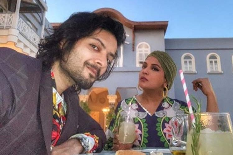 Ali Fazal and Richa are spending quality time abroad  entertainment News in Hindi