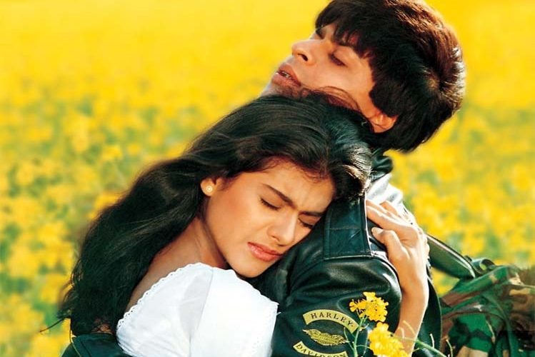 DDLJ is being shown again in Maratha mandir in Mumbai, this is the reason| entertainment News in Hindi