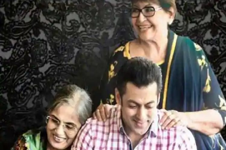 Salman Khan did not talk to mother Helen for many years for this reason| entertainment News in Hindi