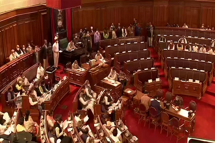 Kolkata: The Chief Minister, who was presenting the budget in place of Finance Minister, did not call even the Governor, angry BJP MLAs again did a walkout by raising slogans of Jai Shri Ram.  national News in Hindi