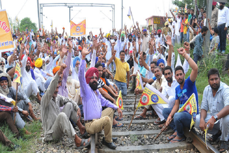 Farmers Protest: Another announcement of United Kisan Morcha, the nationwide rail stop movement from 12 noon to 4 pm tomorrow, the rail network of the entire country will be stalled for four hours ..?| national News in Hindi