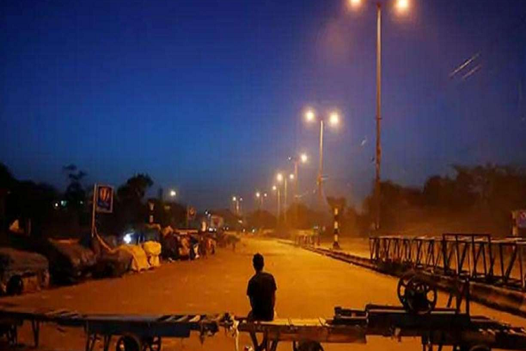 Coroa Havoc-2 : Three and a half thousand cases surfaced in Delhi in 24 hours, Kejriwal government imposed night curfew till April 30 | national News in Hindi