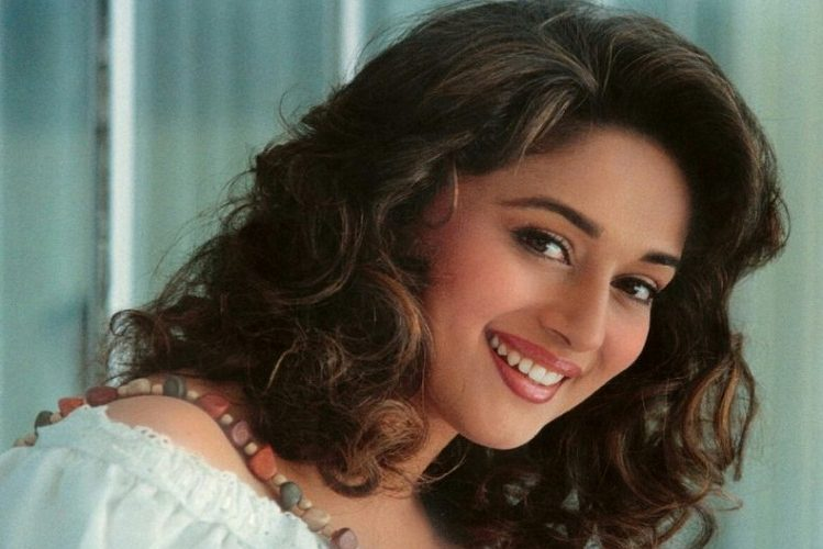 Birthday special: Madhuri Dixit's love story is no less than a film story| entertainment News in Hindi