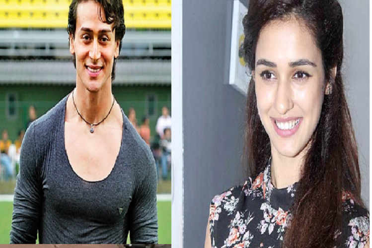 Mumbai: Tiger Shroff and Disha Patani were seen walking together near the Bandra bus stand late at night, Mumbai Police registered a case for breaking the Corona protocol.| entertainment News in Hindi