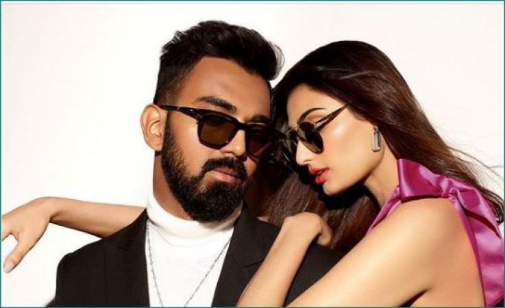 KL Rahul and Athiya Shetty seen together for the luxury eyewear brand, photos viral| entertainment News in Hindi