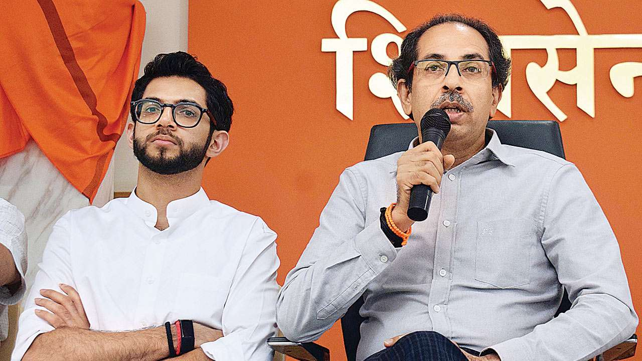 Aaditya Thackeray makes an narrow escape after huge chandelier crashes during meeting