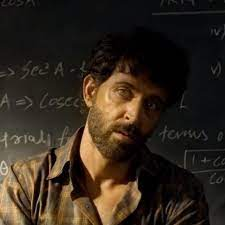 2 years of Super 30: Unseen video of Hrithik Roshan from vanity van; fans don't miss it  entertainment News in Hindi