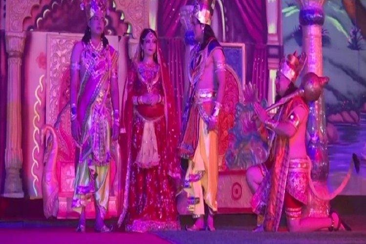 Rehearsals of Delhi's popular Ramlila started, many artists performed the character of Ramlila in the best style on stage, organized full dress rehearsal  entertainment News in Hindi