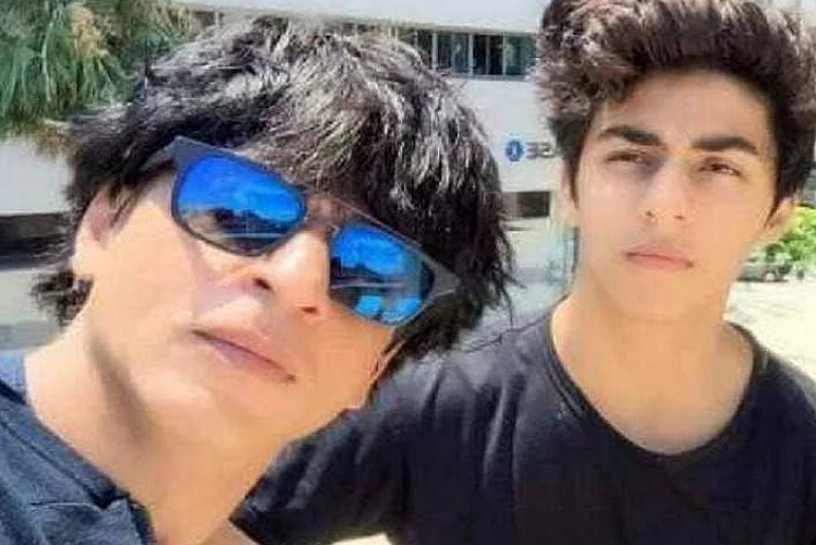 Aryan Khan, son of Shahrukh Khan trapped in the Cruise Drugs Party case, gets disappointed, Mumbai's Esplanade Court cancels the bail plea in the drugs case, Arthur will be in the Quarantine Cell of Jail for 3-5 days| entertainment News in Hindi